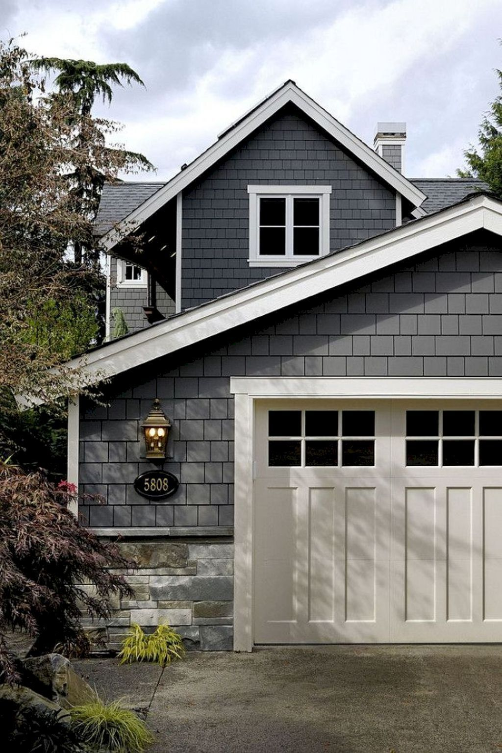 Beautiful Exterior House Colors Design: 74 Beautiful Modern Farmhouse Exterior Ideas