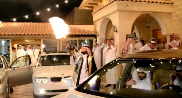 عرس سعودي يتحول الى جبهة لاطلاق النار فيديو Wrestling Wrestling Ring