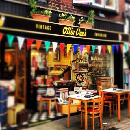 Ollie Vee's, Leighton Buzzard: See 14 reviews, articles, and 25 photos of Ollie Vee's, ranked No.2 on TripAdvisor among 7 attractions in Leighton Buzzard.