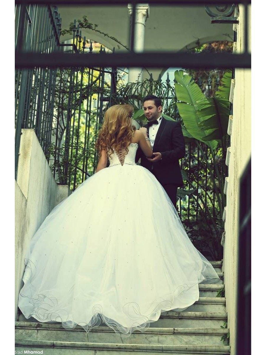 Famous wedding dresses  Crystal Tulle Ball Gown Wedding Dresses Bridal Gowns