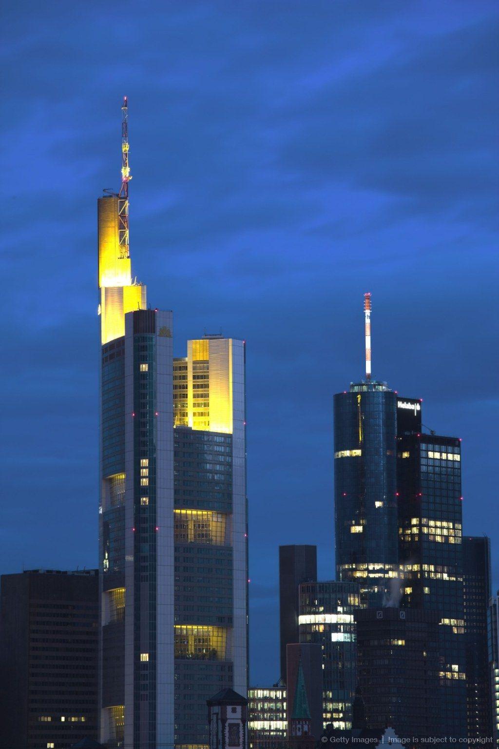 Germany Hessen Frankfurt Am Main Commerzbank Tower And Main Tower Dawn Frankfurt Stadt Geschenke