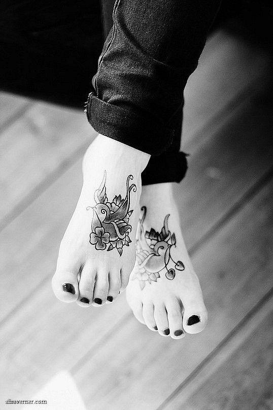 swallow feet tattoos
