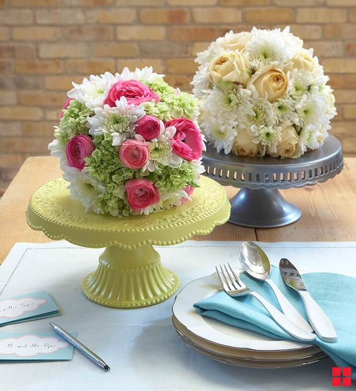 Flower Arangements On Cake Stands Centerpieces Centerpieces