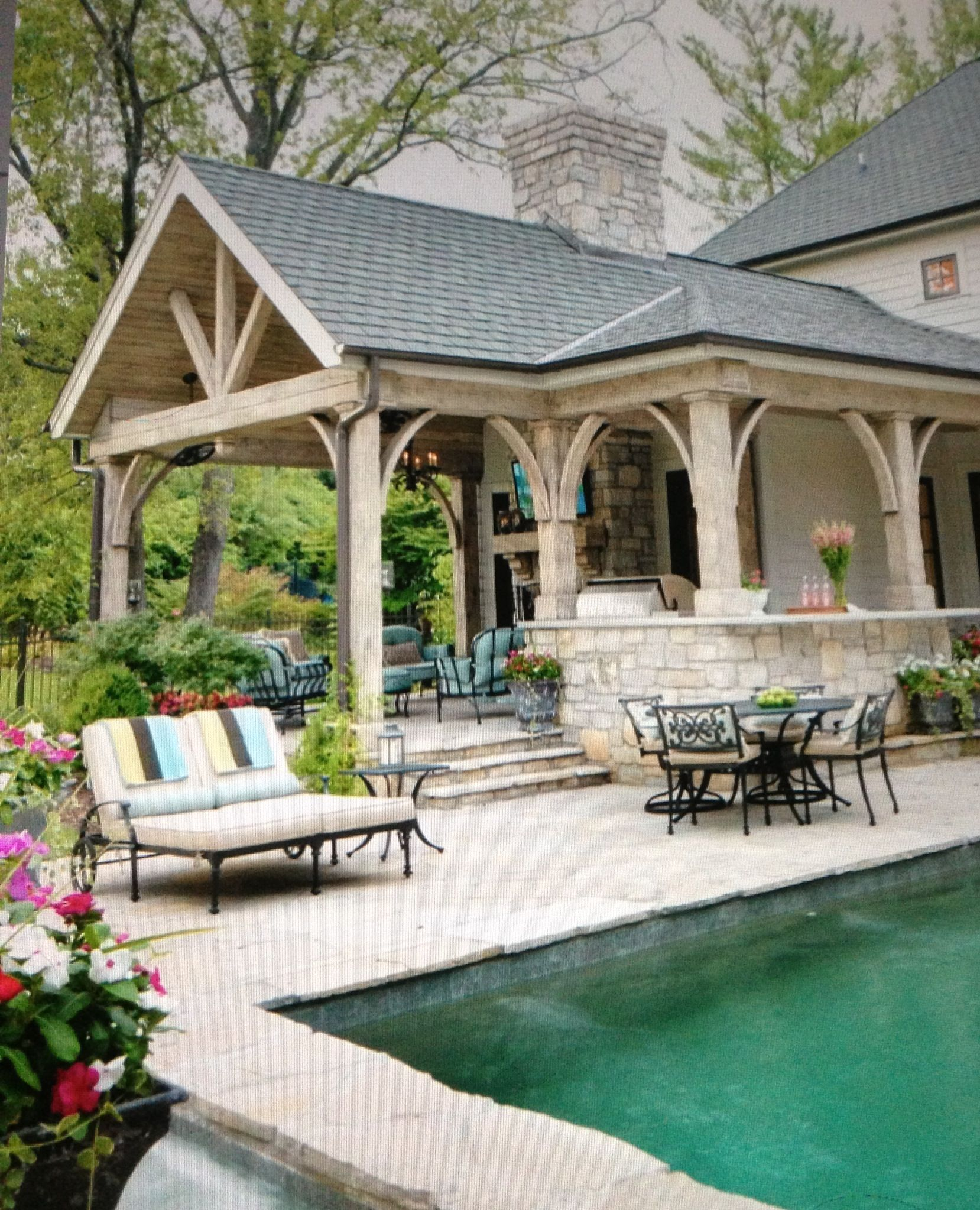 Outstanding entertaining patio