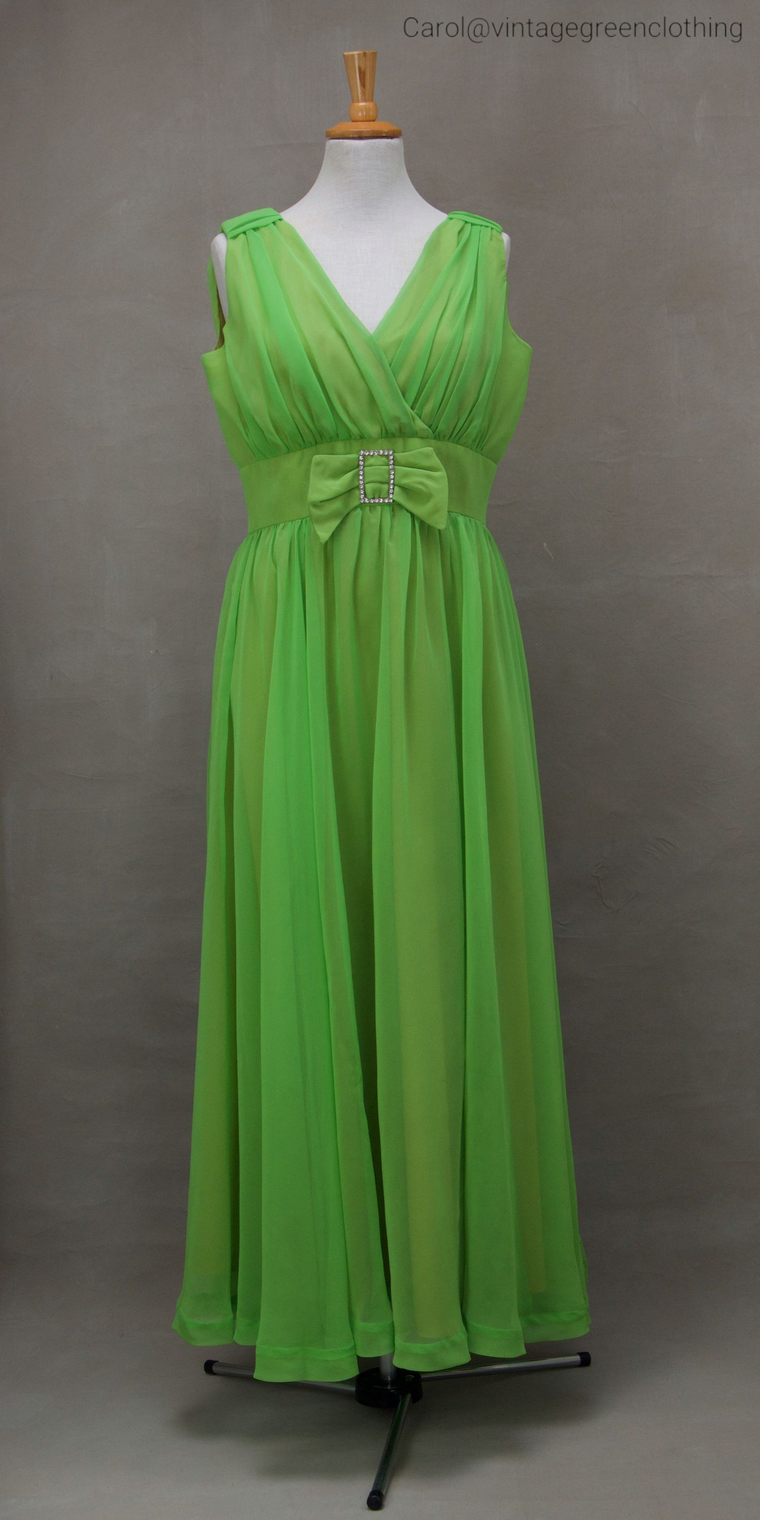 Vintage evening dress us us green chiffon evening dress