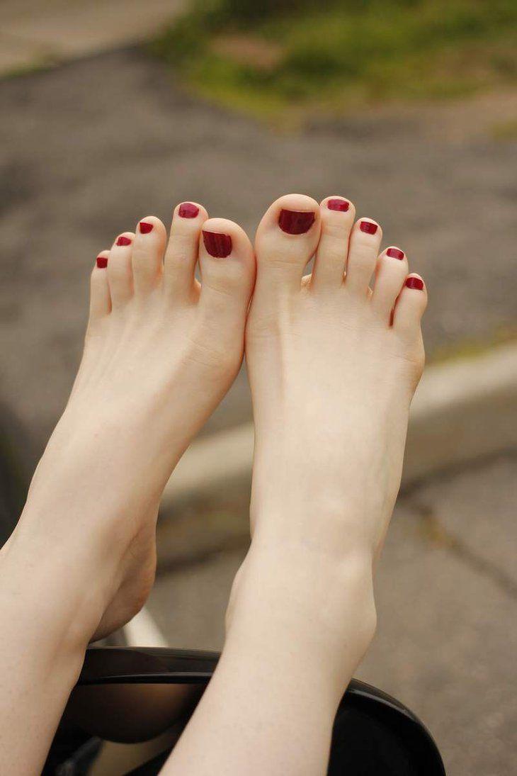 пальчики ног русских девушек фото - 4