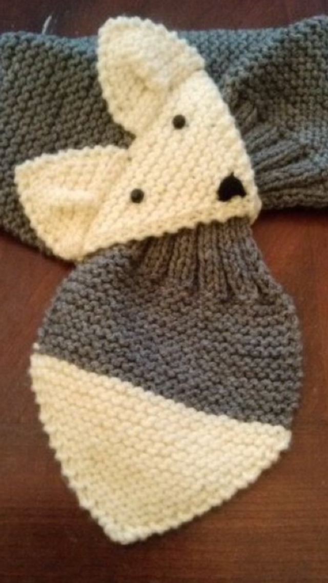 foto ufficiali 967b9 08583 Cute child's fox muffler. Look for pattern on Ravelry ...