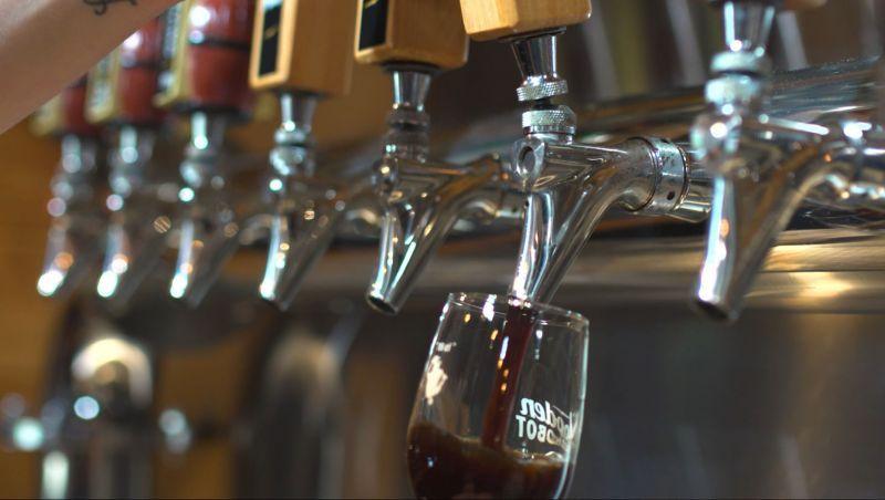 Wooden Robot Brewery Craft Beer In 2019 Brewery Beer North