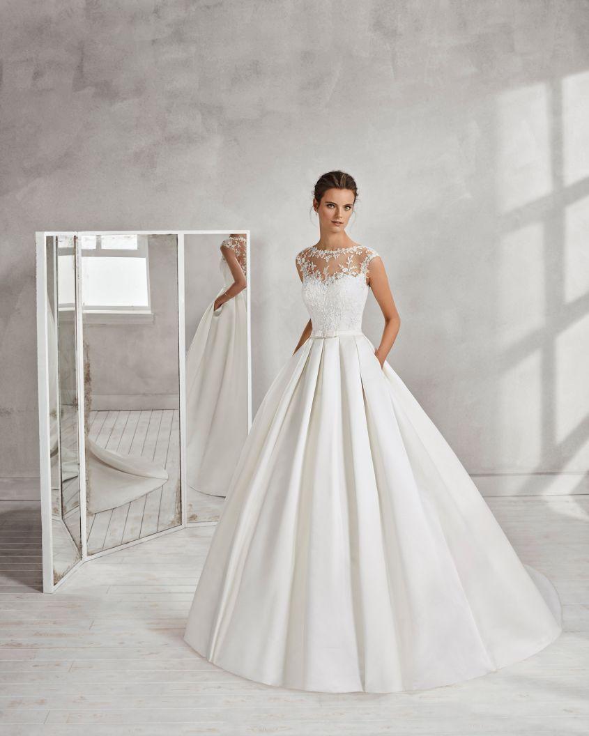 8dcad90764cd Vestiti da sposa da principessa 2018