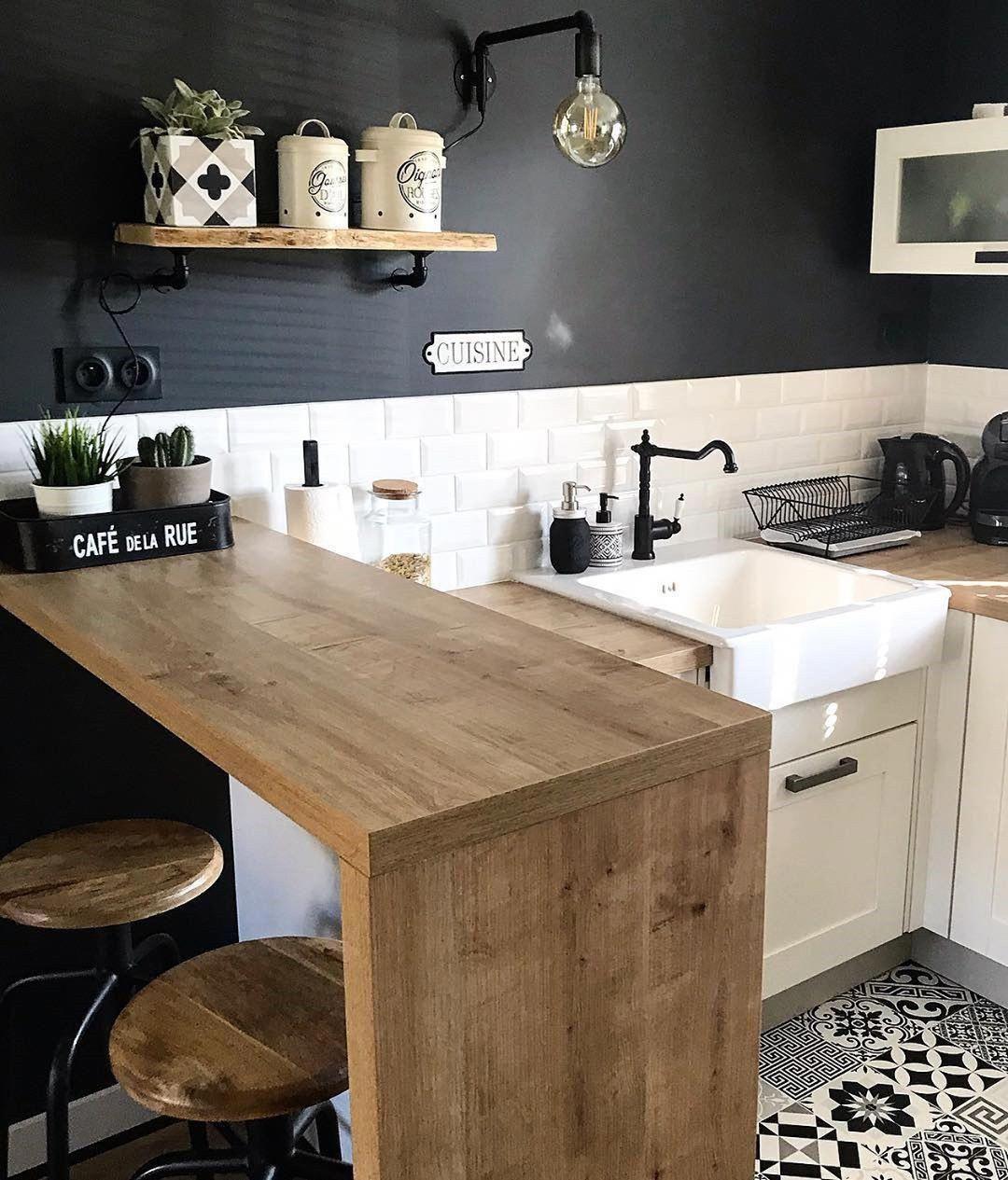60 Small Kitchen Design Ideas To Make Your Home More Awesome Kitchendesigns Kitchendesignide Kitchen Design Small Kitchen Remodel Small Home Decor Kitchen