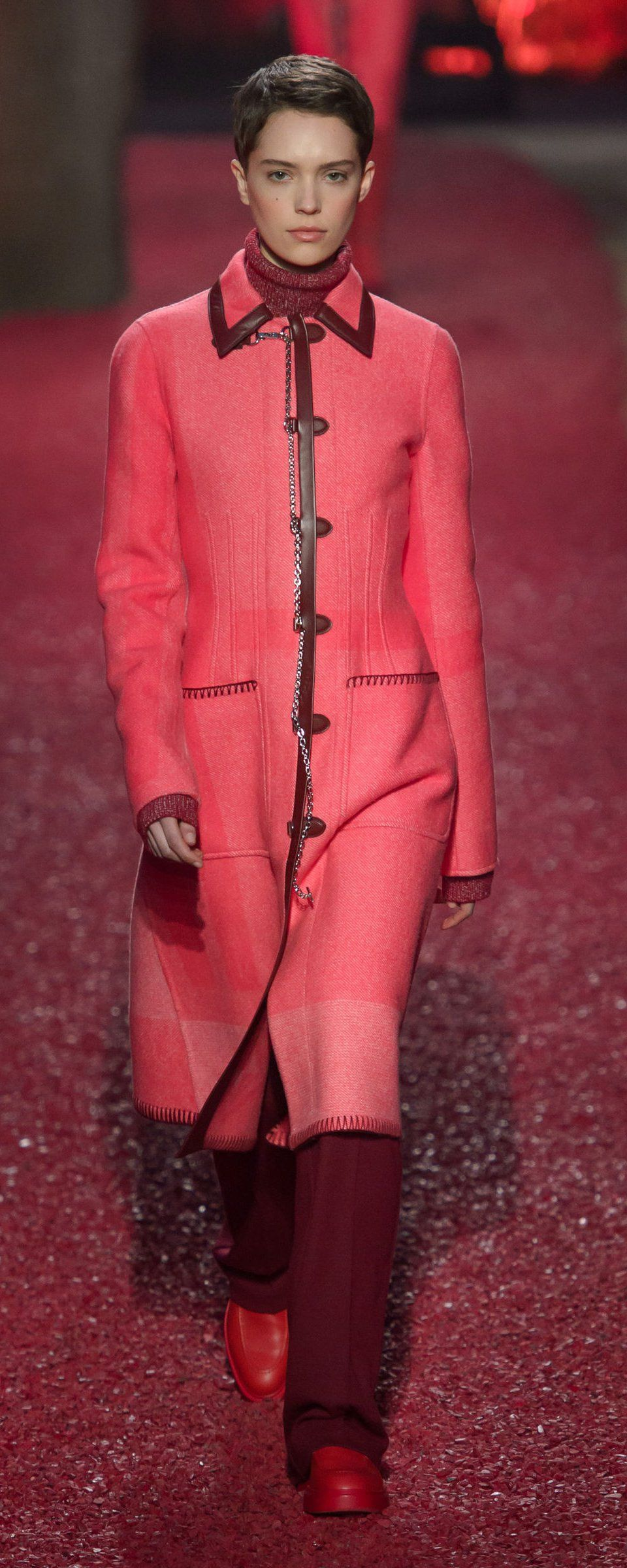 Hermes Fall-winter 2018-2019 - Ready-to-Wear   Пальто   Roupas 1a88270c82b