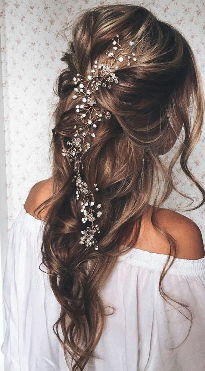 Epingle Sur Accessoires Cheveux Coiffure Mariage Chignon Mariee Boheme Romantique Retro