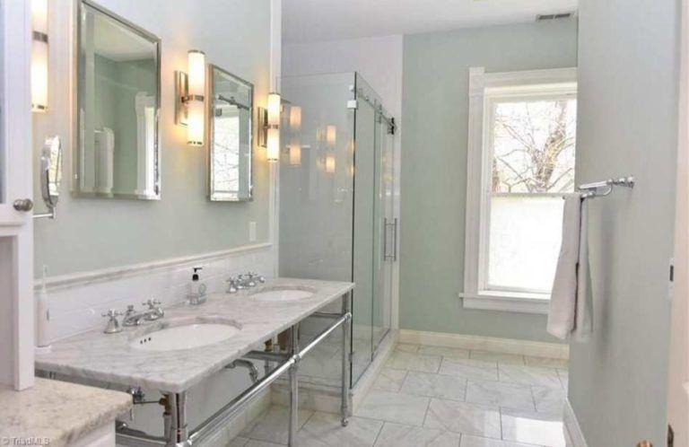 C 1894 Queen Anne Winston Salem Nc 549 500 Hotel Bathroom