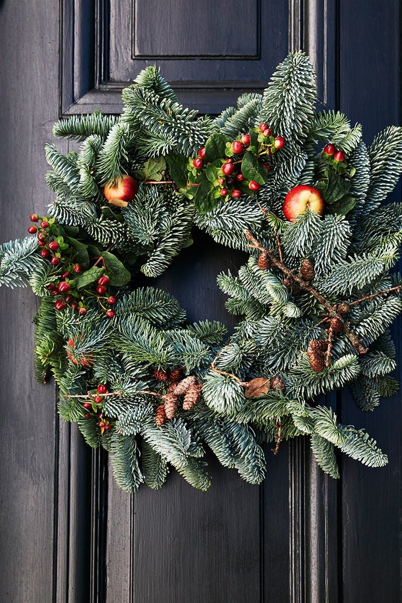 fdc32c2a469 A Christmas decoration for the front door. Navidad Nórdica