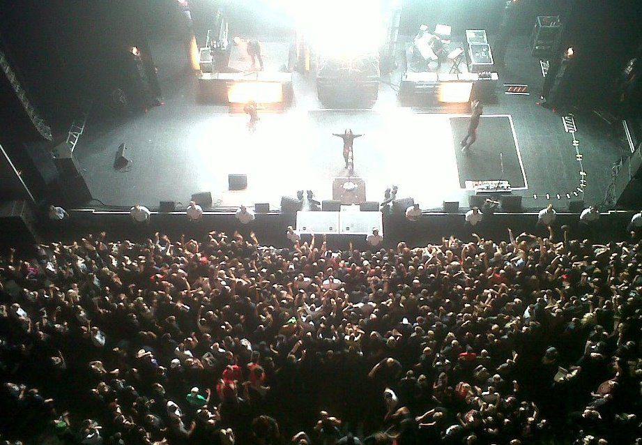 Wow What A Shot This Is Looking At The Crowd From Above At Korn 3 1 12 Comerica Theatre Korn Crowd Venues
