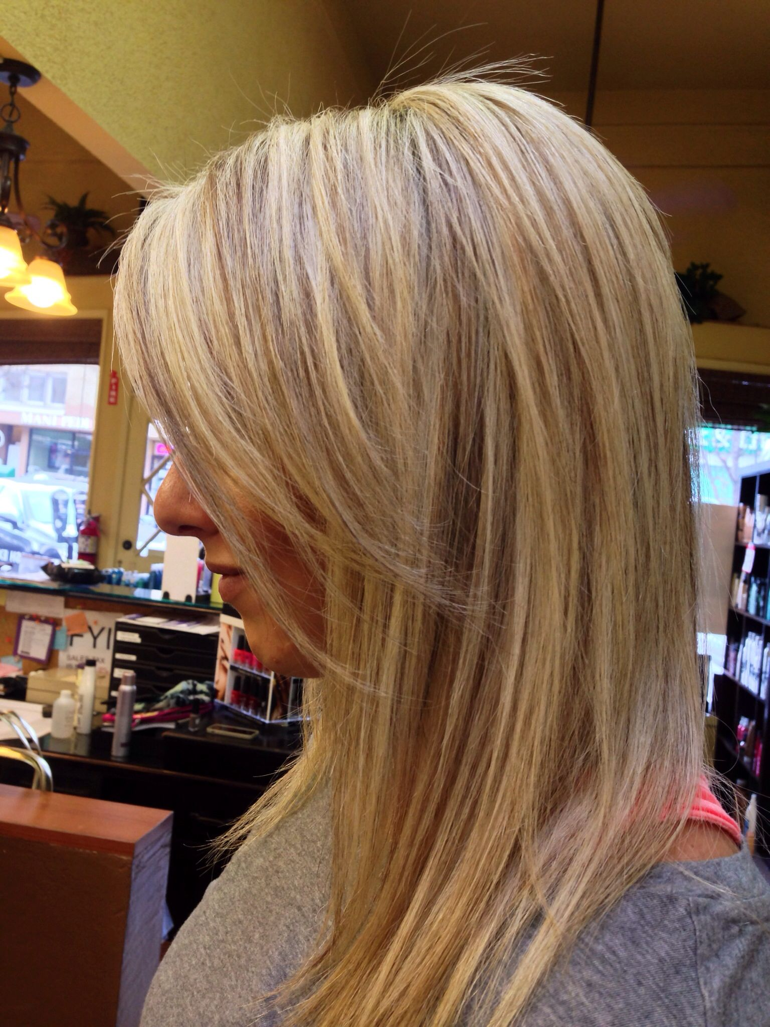 Blonde Highlights With Beige Lowlights Color Jessie At Trenz Salon