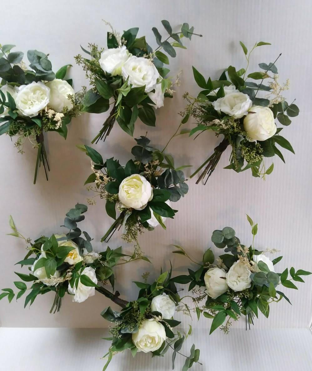 Boho Wedding Flowers, Greenery, Neutral, Ivory, Cream, Woodland Bridesmaids Bouquets, Flowers, Ivory, Rustic, Bridesmaid bouquet #weddingbridesmaidbouquets