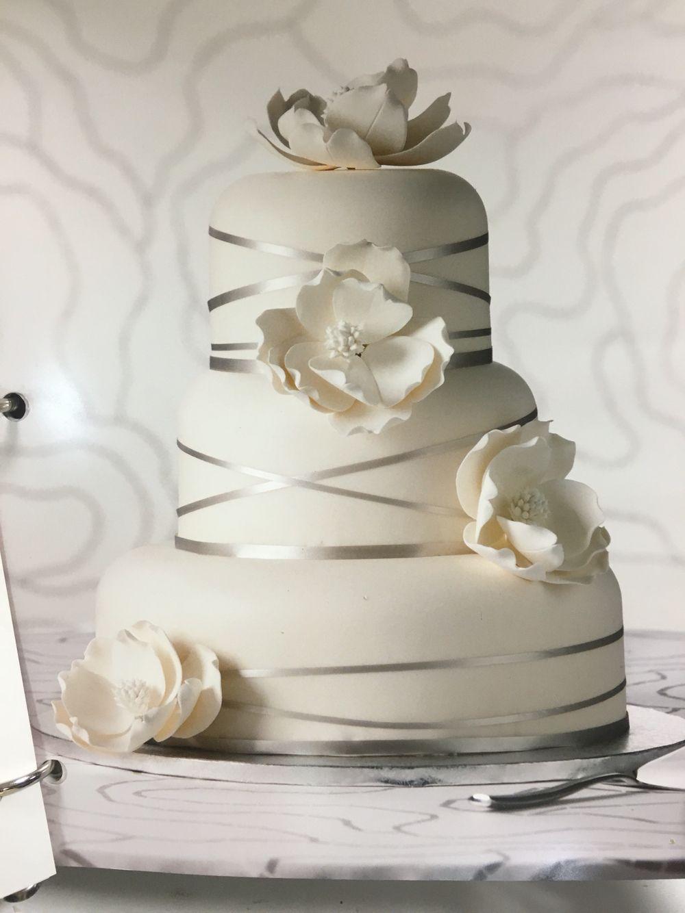 publix wedding cake i u0027d like it square with whatever flowers i u0027m