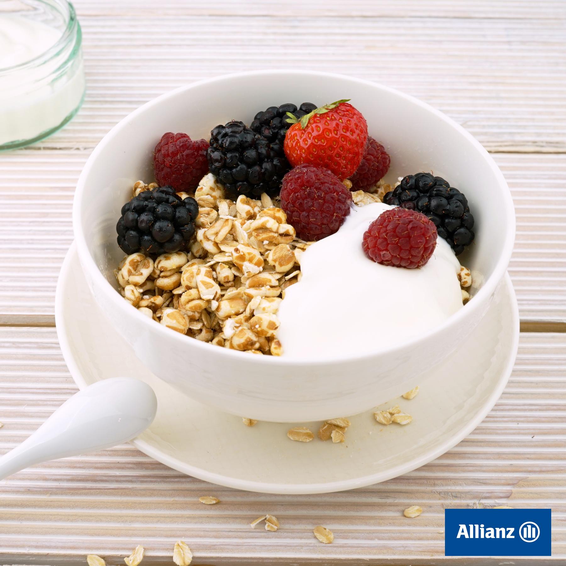 T. 650200641 Tu agente y asesor financiero 24h de Allianz Seguros ¿Sabías que nuestra alimentación influye en nuestro estado de ánimo? Por eso una alimentación saludable nos ayuda también a sentirnos bien tanto por dentro como por fuera. ¡Cuídate!