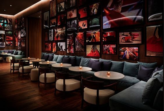 Interior Design. Hospitality design. Design inspiration.  For more inspiration, visit http://brabbu.com/?utm_source=pinterest&utm_medium=product&utm_content=dmartins&utm_campaign=Pinterest_Inspirations