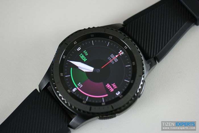 Want the Gear S3 Frontier at a good price? Well Amazon in