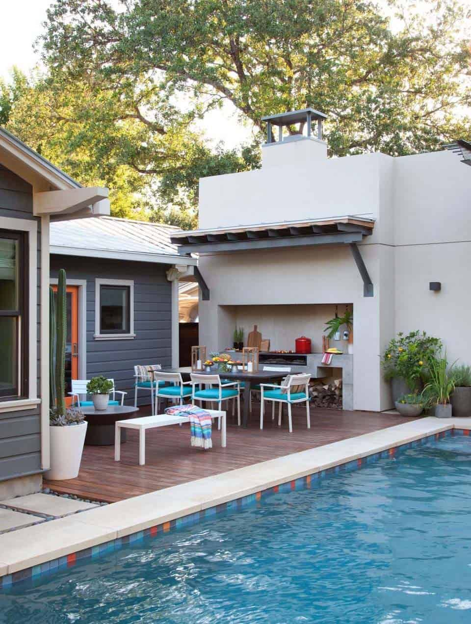 Backyard oasis in Austin with fabulous outdoor living spaces #backyardoasis