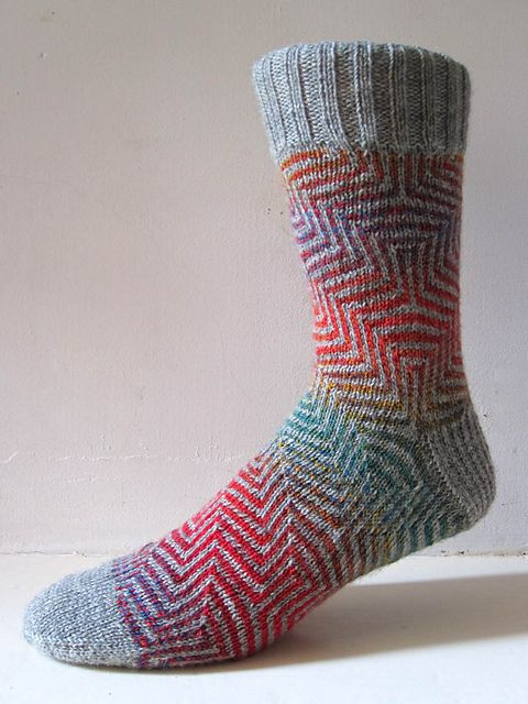 patrones para calcetines7 | Socks knitted-crocheted | Pinterest ...