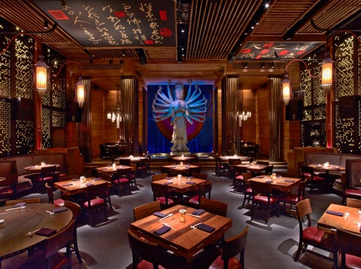 A Beautiful Dining Experience Always Something To See And The Menu Is Perfection Reservations Are Usuall Luxury Restaurant Rockwell Group Restaurant Design