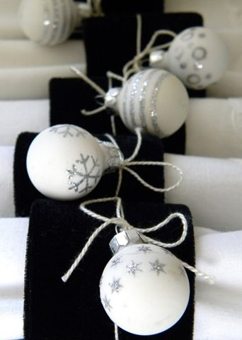 10 Diy Holiday Napkin Ring Ideas Crafts Christmas White