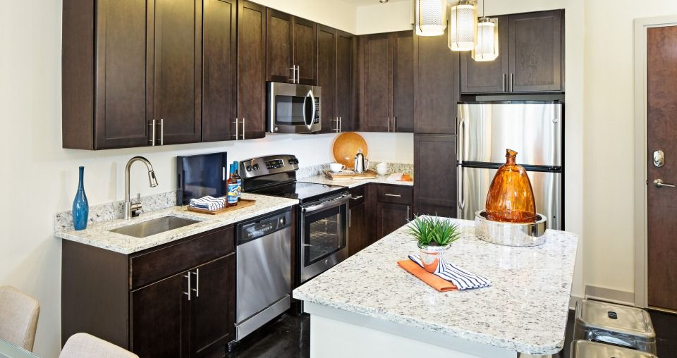 Delicieux Beautiful Kitchen With Stainless Steel Appliances And Granite Countertops  In Our Cornerstone Kitchen Model!