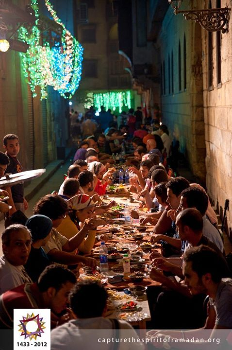 Location Egypt Cairo Date 04 08 2012 02 51am Ramdan رمضان Title The Morning Meal Suhoor Description Many Eg Life In Egypt Egypt Civilization Egypt