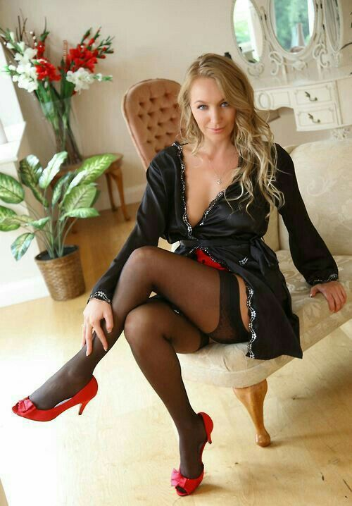 Wives in stockings and heels