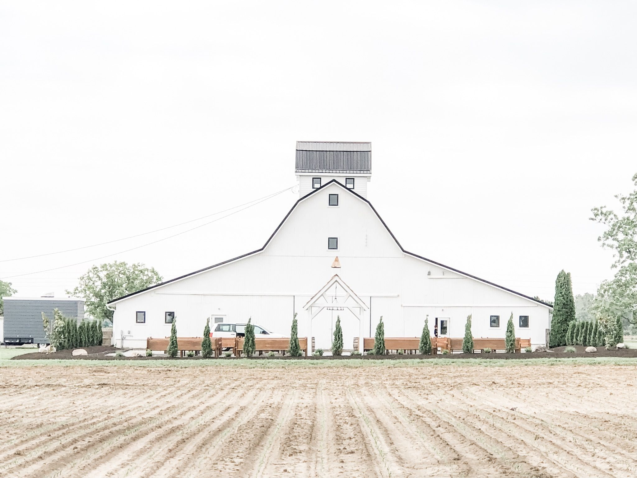 Hamilton countys most beautiful wedding barn indiana
