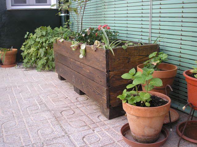 hacer jardinera con palets