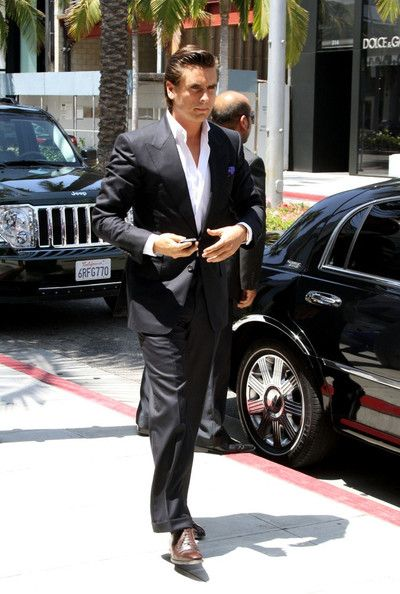 Scott Disick ~ ... I hate to say; I think he's kind of cute!  >feel free to virtually punch me in the mouth!
