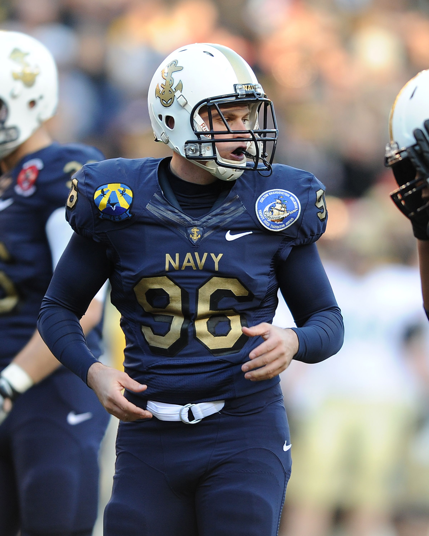 Army-Navy Game Day Uniform   Navy football, Army navy football ...