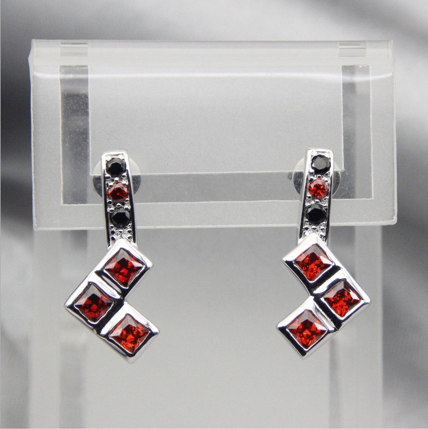 Harley Quinn Ruby And Black Diamond Earrings Wedding Jewelry Engagement Ring  Batman Joker Puddin' Harley