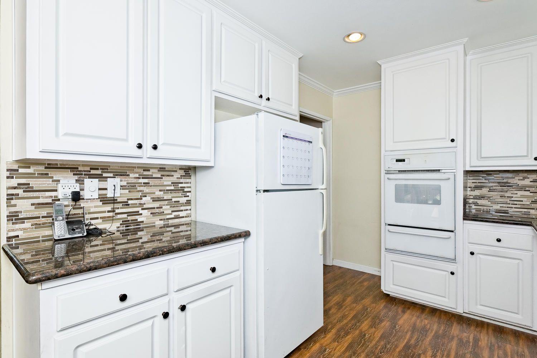 4090 Eileen Street Simi Valley CA 93063 Kitchen | Kitchen ...