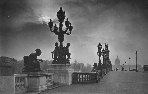 Paris in 1920s black white photos of paris in 1920 all taken by pierre yves petit