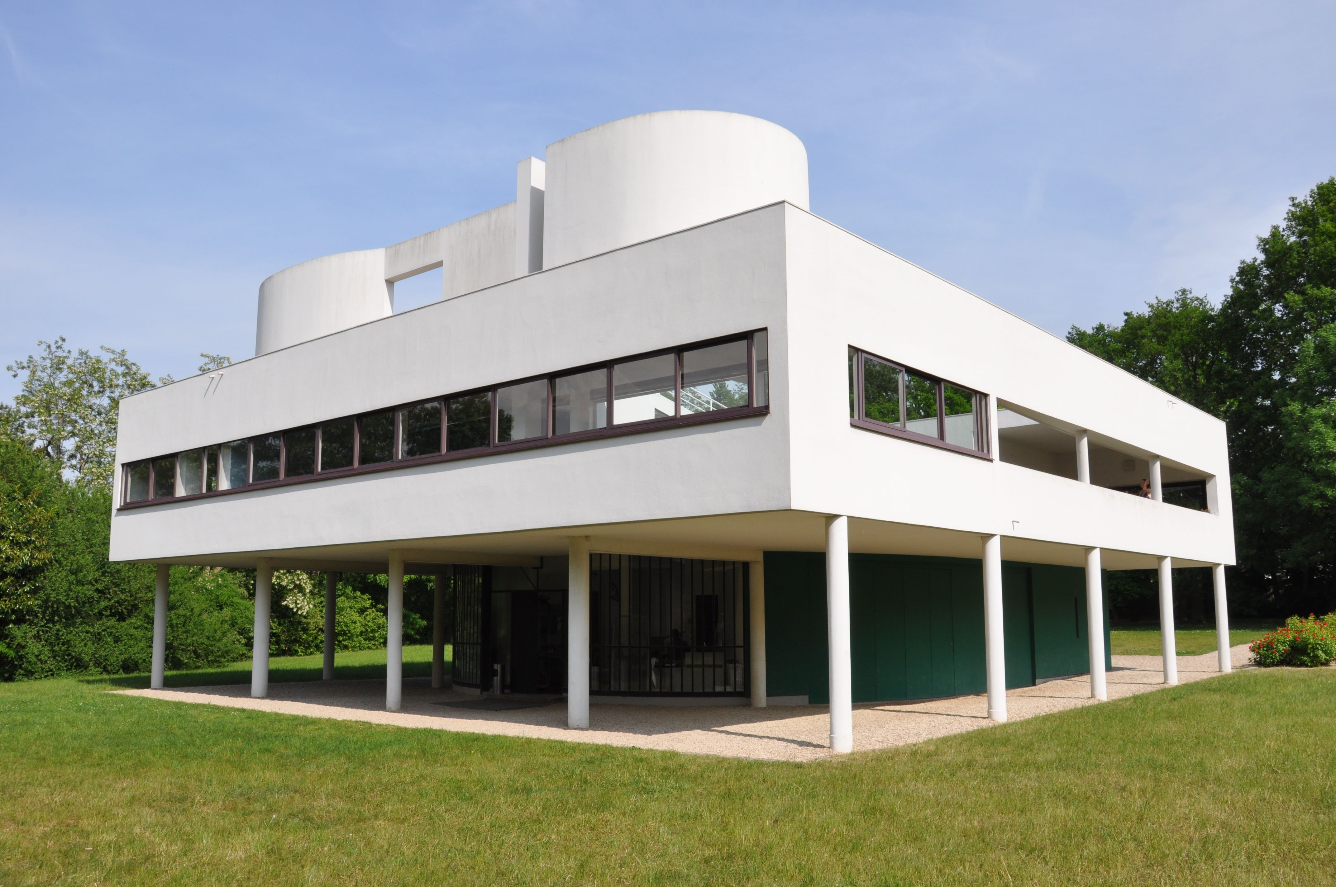 villa savoye french pronunciation sa 39 vwa is a modernist villa in poissy in the outskirts. Black Bedroom Furniture Sets. Home Design Ideas