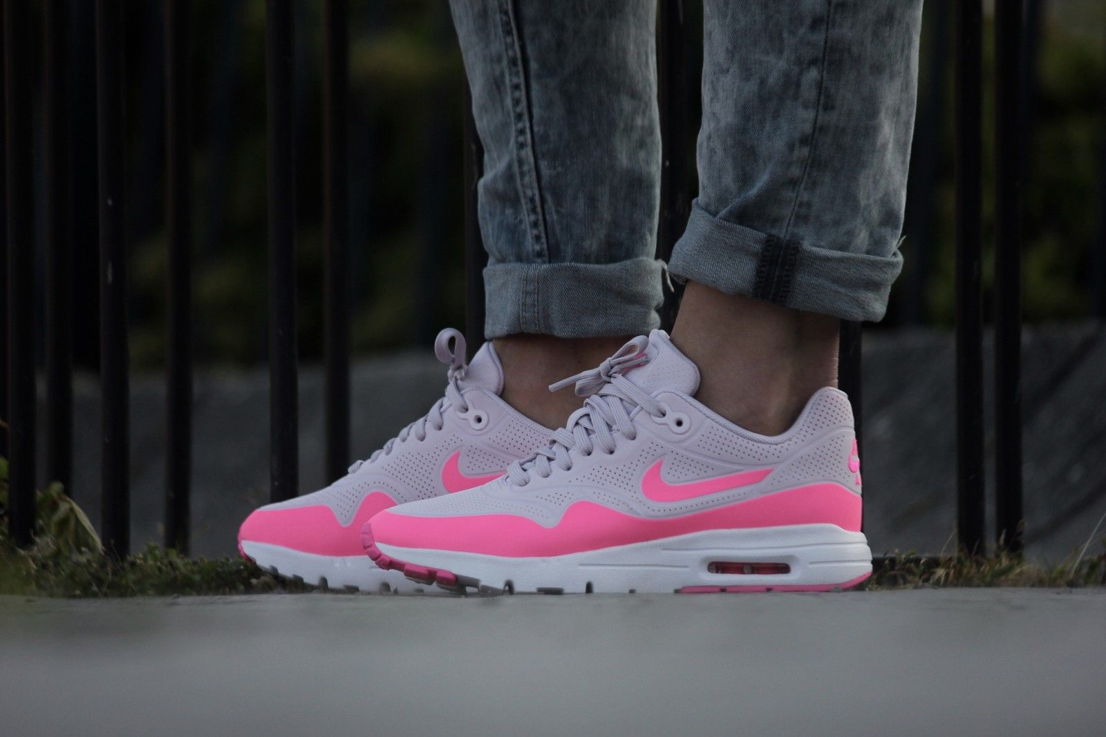 nike air max 1 ultra moire trainers white pink