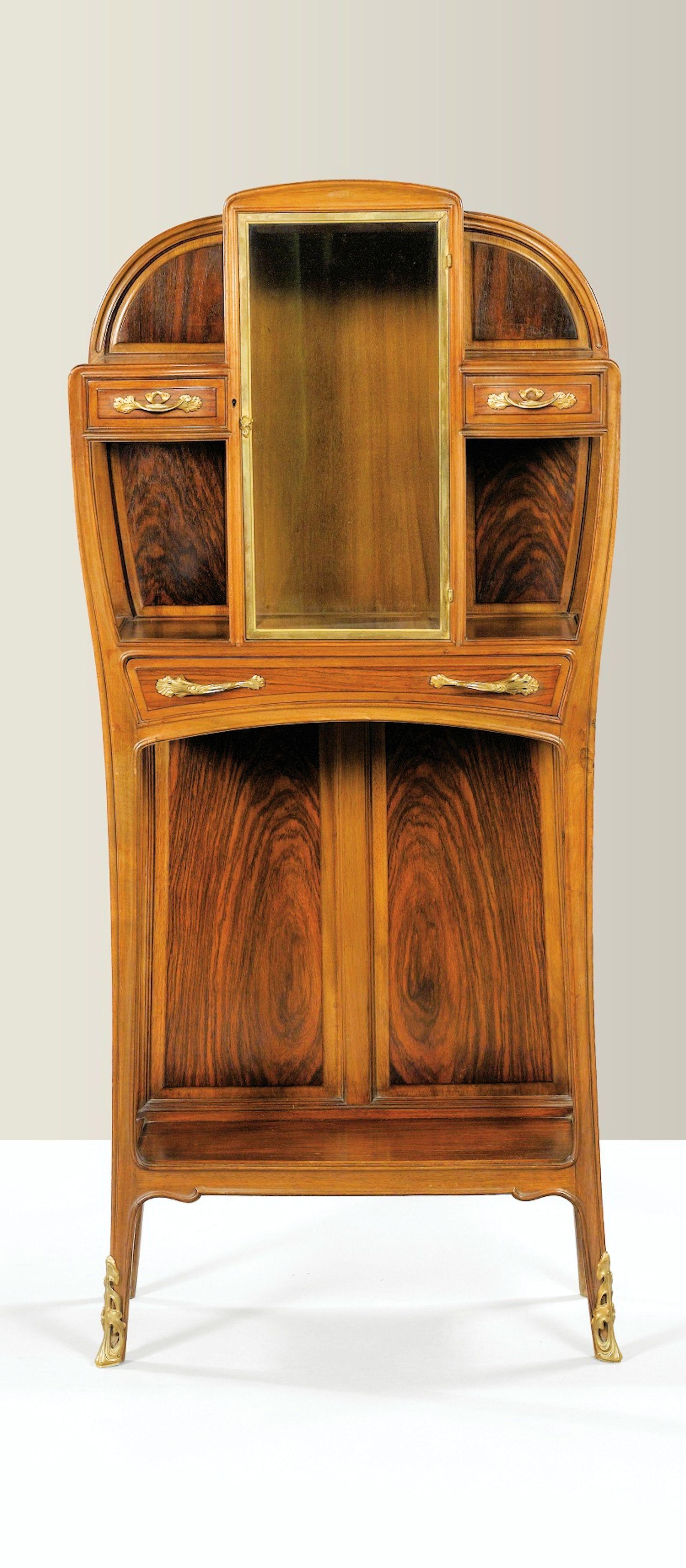 Louis Majorelle Vitrine 1900 Hooves Bronze Indian Rosewood And Mahogany Sotheby S Art Nouveau Art Deco Art Nouveau Mobilier De Salon