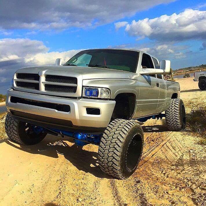 2nd Gen Dodge Ram Lifted >> The 25+ best 2nd gen cummins ideas on Pinterest | Second gen cummins, Cummins diesel trucks and ...