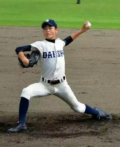 県立大分商業高校          http://www.asahi.com/koshien/94/oita/news/SEB201207180058.html