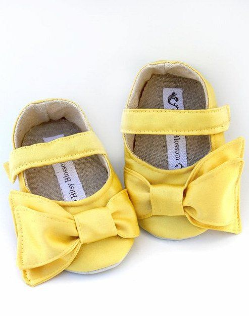 Baby shoes bows  4602d58aad