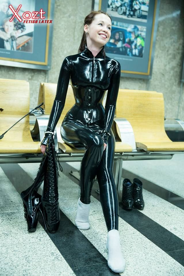 Latexkleider Youtube