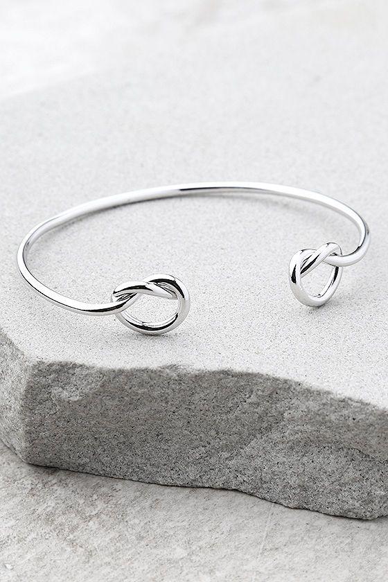 Do the Twist Silver Bracelet