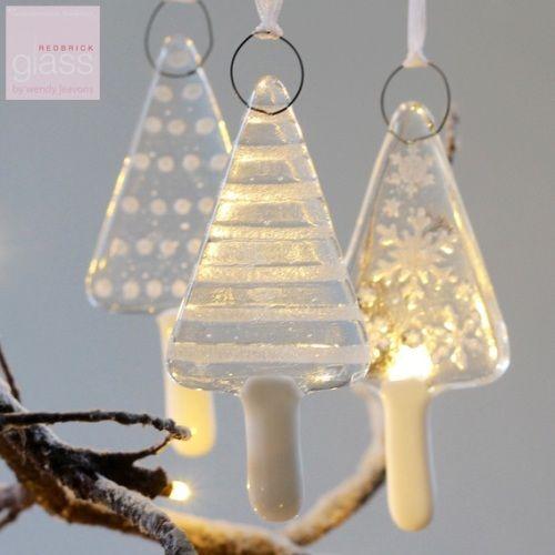 Glass Christmas Trees - set of 3 glaskunst til jul Pinterest