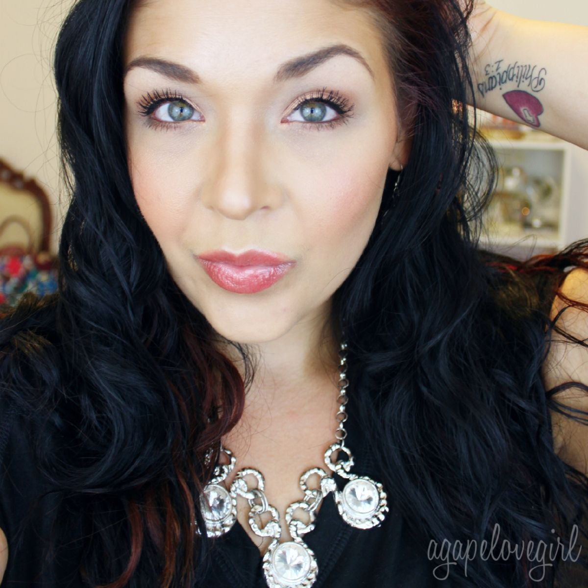 Agape Love Designs: Quick & Simple Every Day Look | Video Tutorial
