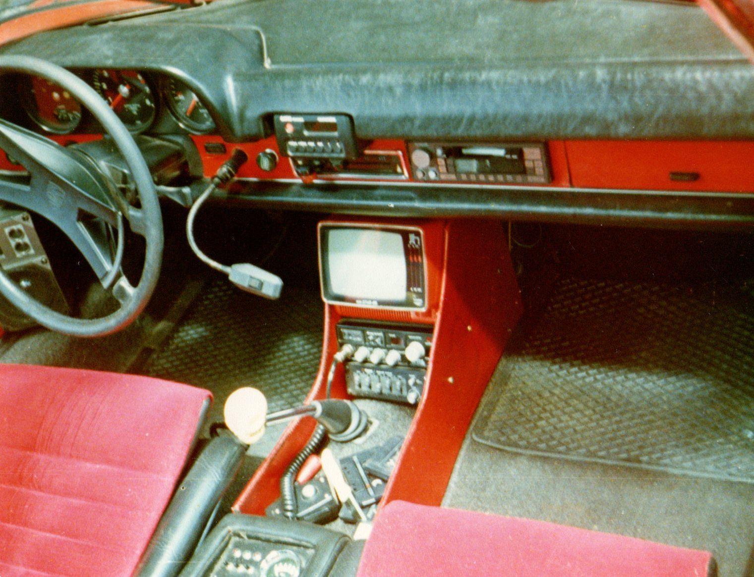 Really Crazy 80s Style Porsche 914 Dashboard Interior My 914 Pinterest Porsche 914 And Cars